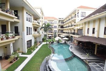 Kuta Townhouse Apartments