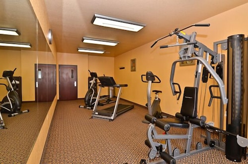 Fitness Facility, HiWay Inn Express of Broken Bow