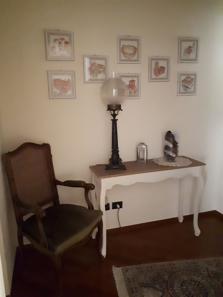 Bed & Breakfast Le Terrazze Deals & Reviews (Lucca, ITA) | Wotif