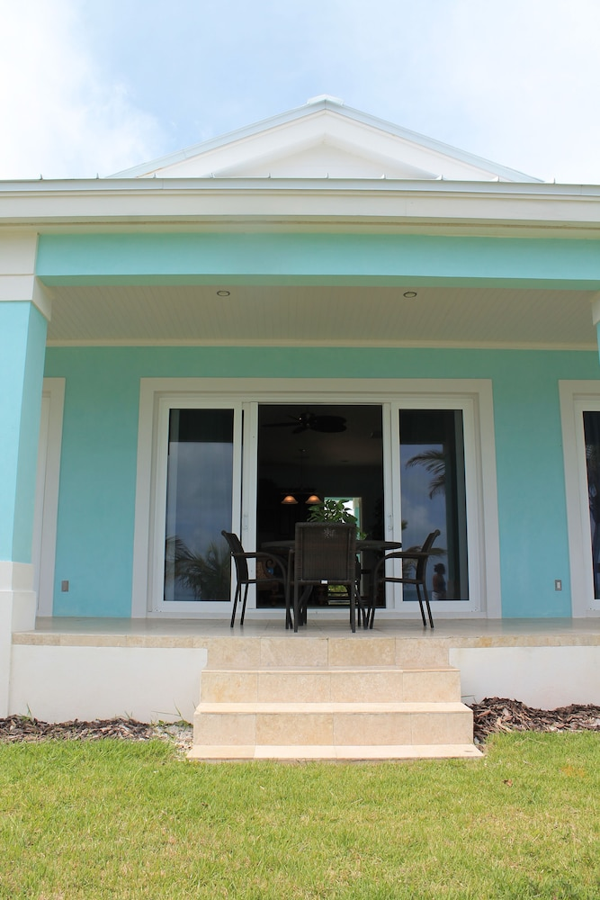 Exterior, Mermaid Reef Villa 3 by Living Easy Abaco