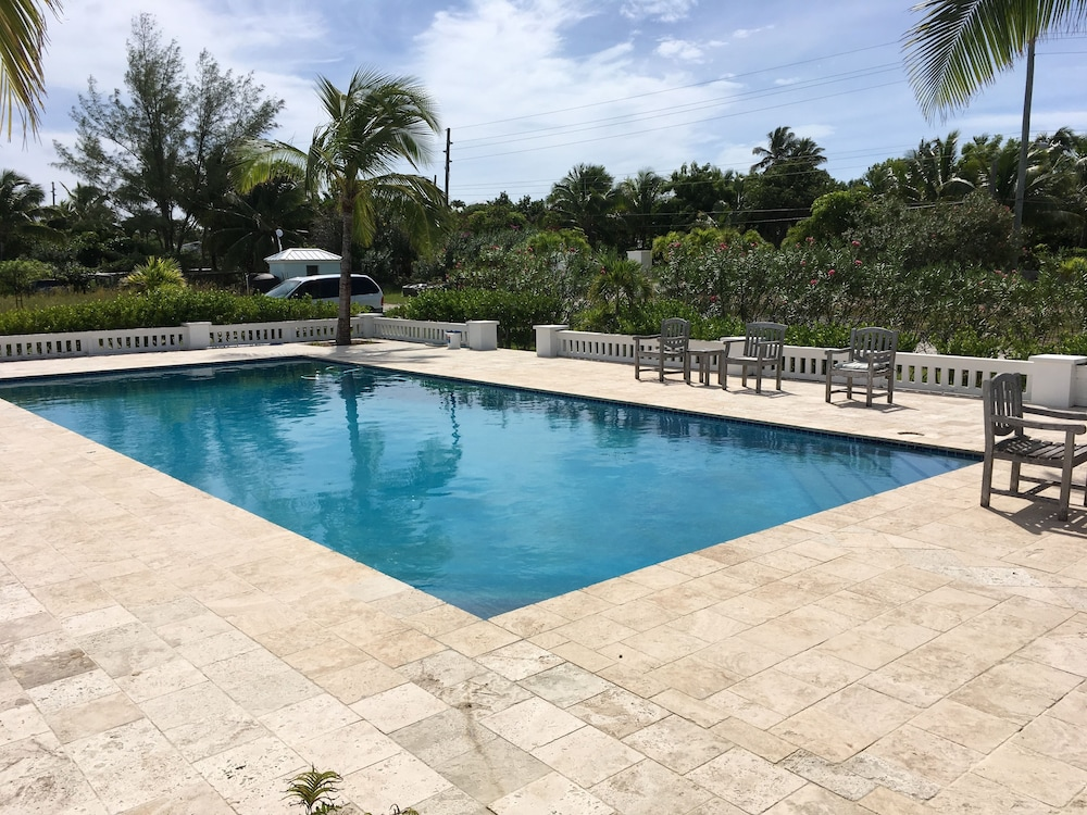 Outdoor Pool, Mermaid Reef Villa 3 by Living Easy Abaco