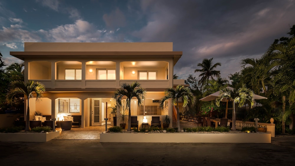 Front of Property - Evening/Night, Malecón House