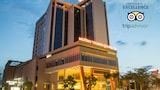 Muong Thanh Grand Quang Tri Hotel - Dong Ha Hotels