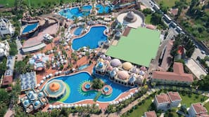 4 indoor pools, 8 outdoor pools, pool umbrellas, pool loungers