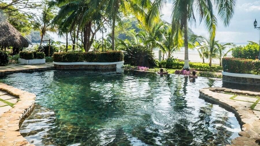 Villa Marina Lodge & Condos