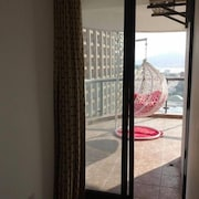 Sanya Pisces Sea View Holiday Apartment