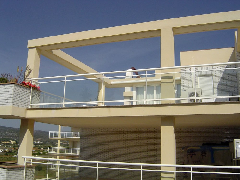 Book argenta caleta aptos peniscola hotel deals for Apartamentos