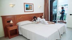 Pengeskab på værelset, ekstra senge, Wi-Fi