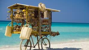 Beach nearby, snorkelling, beach volleyball, beach bar