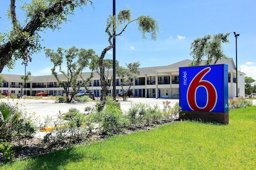 Motel 6 Rockport,TX