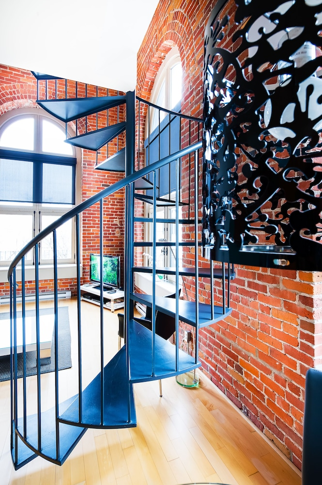Staircase, Les Lofts 1048