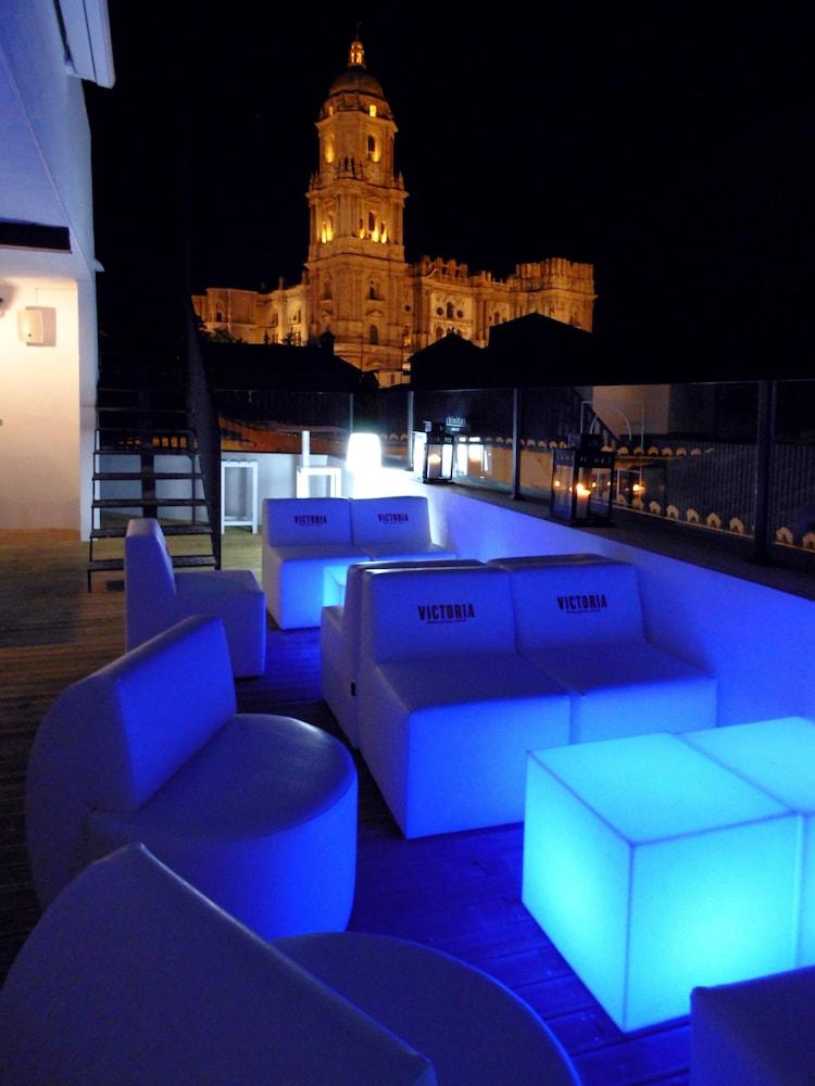 Chinitas Urban Hostel In Málaga Hotel Rates Reviews On
