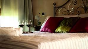 Premium bedding, desk, soundproofing, cots/infant beds