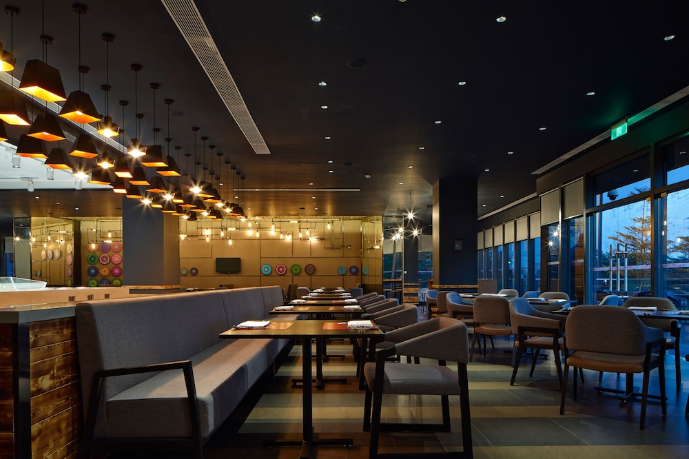 Restaurant, Aloft Dongguan Songshan Lake