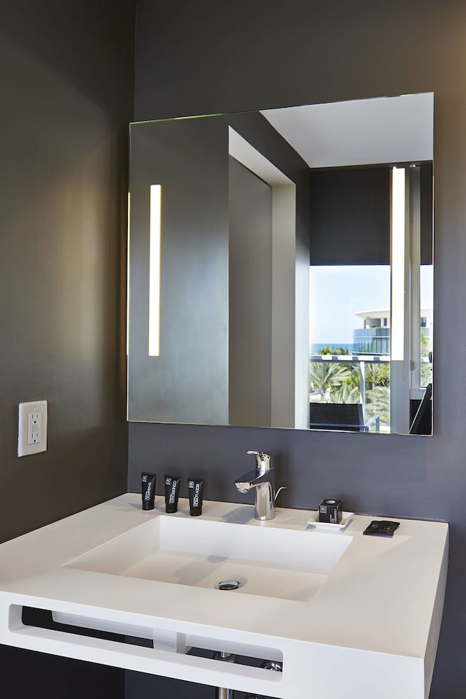 Bathroom, AC Hotel by Marriott Miami Beach