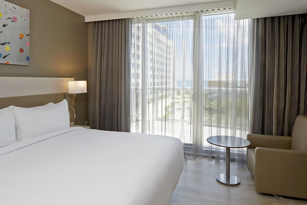 Room, AC Hotel by Marriott Miami Beach