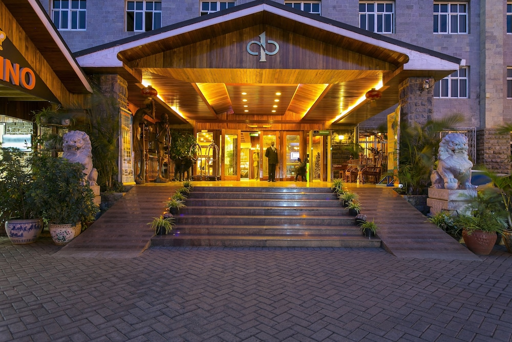 Front of Property - Evening/Night, Eastland Hotel
