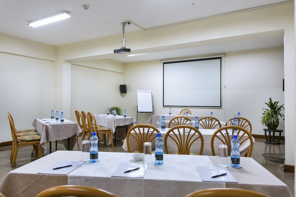Meeting Facility, Eastland Hotel