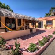 Cabo Pulmo Sport Center Bungalows