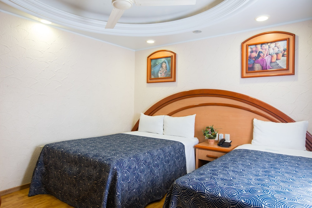 Room, Hotel Diligencias