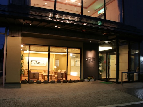 Kotohira River Side Hotel