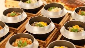 점심 식사 및 저녁 식사 제공, 일식