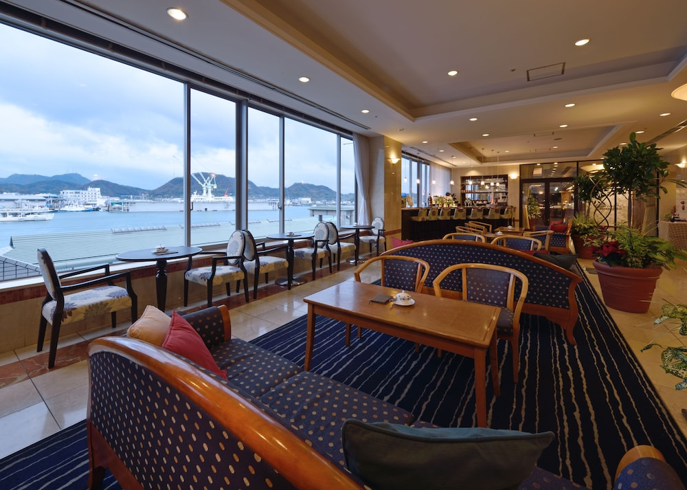 Lobby Sitting Area, Green Hill Hotel Onomichi