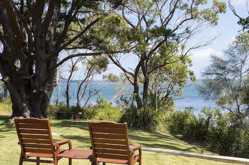Sanctuary Point Beach Resort: Beach Accommodation & Hotels