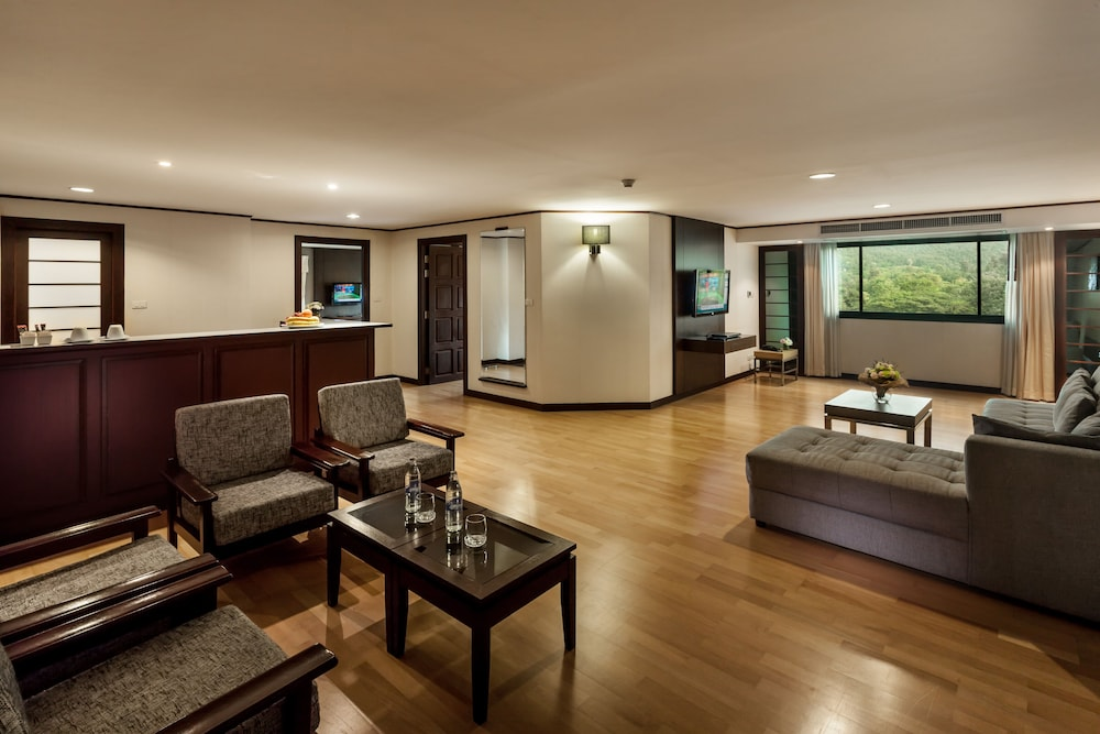 Living Room, Alpine Golf Resort Chiang Mai