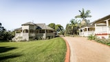 Bangalow Guesthouse - Bangalow Hotels