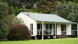Mystery Bay Cottages - Mystery Bay Hotels