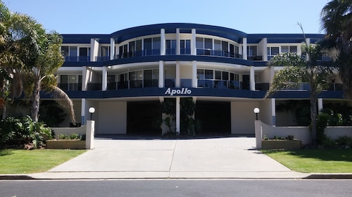 Apollo Apartments