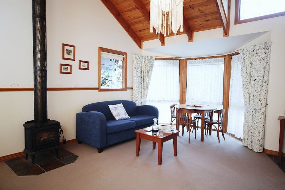 Cottages On Edward Deals Amp Reviews Deniliquin Aus Wotif