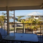 Hastings Cove Waterfront Holiday Apartments