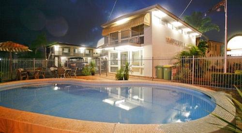 Mermaid Beach Hotel & Accommodation
