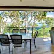 Pinnacle Apartments Hamilton Island