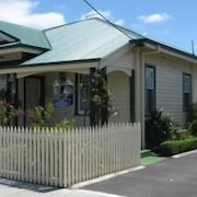 AAA - Ye Olde Post Office Cottage - Smithton