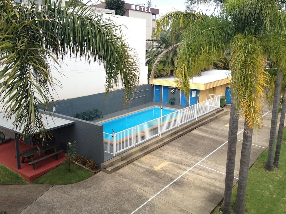 Pool, Waterview Holiday Apartments