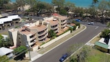 Alexander Beachfront Apartments - Torquay Hotels
