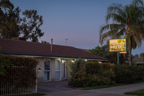 Vineland Motel