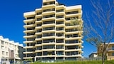 Pelican Sands Beach Resort - Tugun Hotels