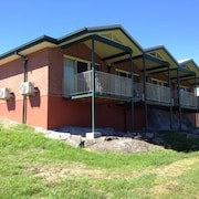 Tenterfield Golf Club Fairways Lodge
