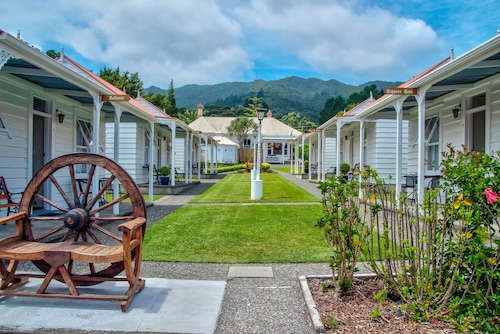 Coromandel Cottages