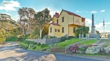 Two Story Bed and Breakfast - Central Tilba Hotels