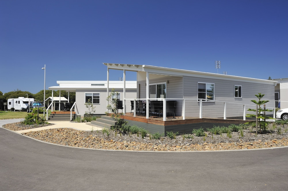 Front of Property, NRMA Stockton Beach Holiday Park