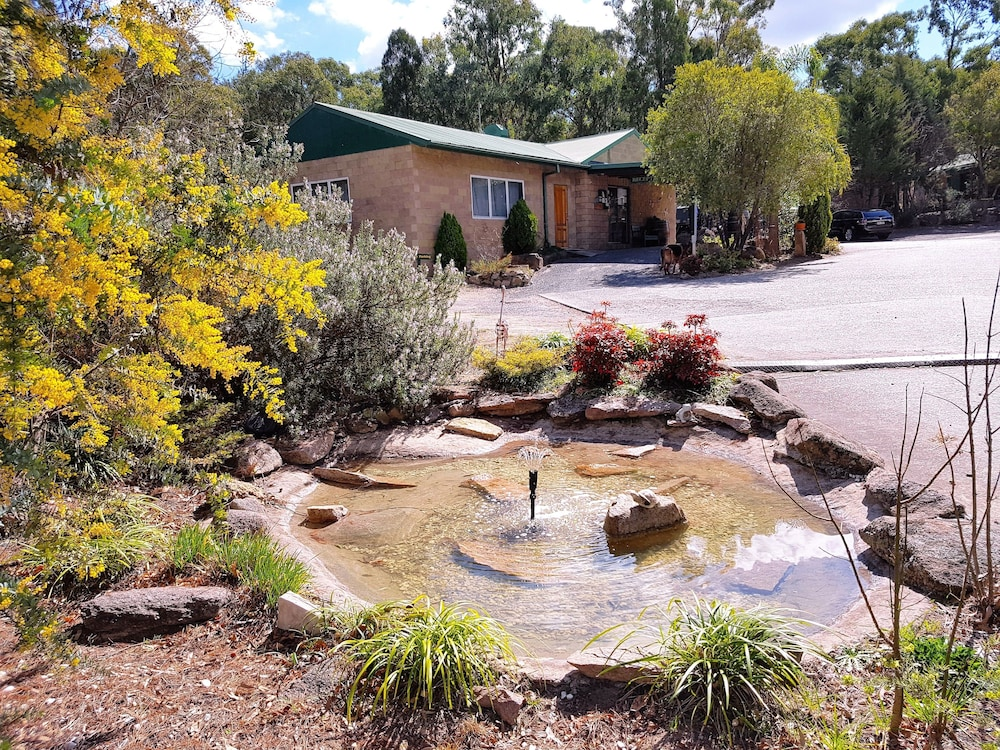 Murray Gardens Cottages And Motel Stanthorpe Qld