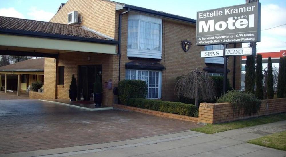 Estelle kramer motor inn armidale aus best price for City centre motor hotel
