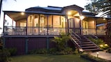 Naracoopa Bed & Breakfast - Shorncliffe Hotels