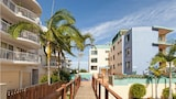 Bayviews & Harbourview Holiday Apartments - Mooloolaba Hotels