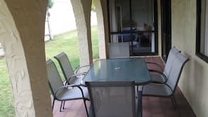 Desk, iron/ironing board, rollaway beds, free WiFi
